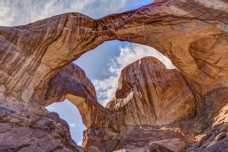 Arco doble en parque nacional de los arcos fotografía de archivo libre de regalías