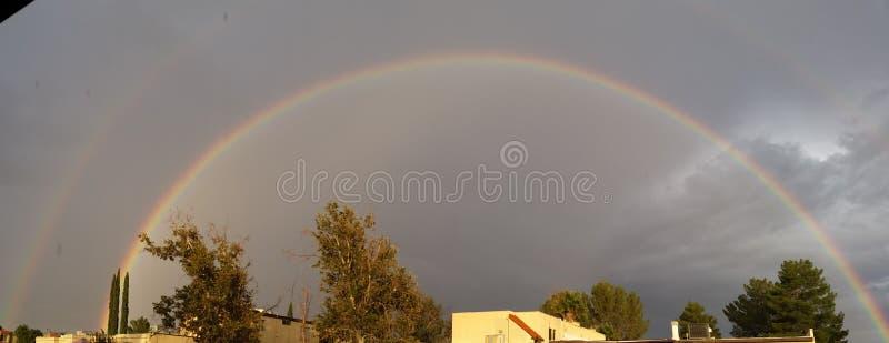Arco iris de la monzón de Arizona imágenes de archivo libres de regalías
