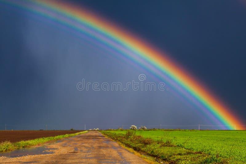 Arco iris real fotografía de archivo