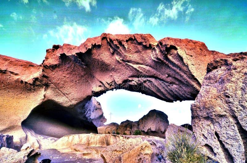 Arco natural en el desierto fotografía de archivo