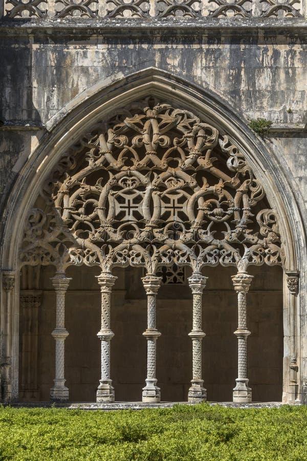 Arco nel monastero di Batalha - il Portogallo fotografia stock libera da diritti