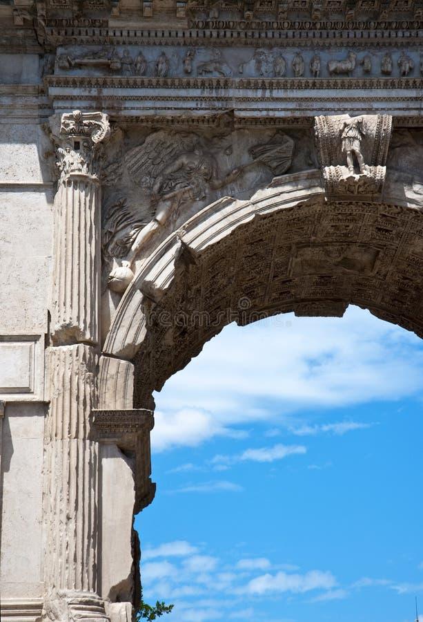 Arco romano imagenes de archivo
