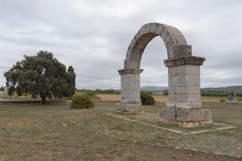 Download Arco romano immagine stock. Immagine di eredità, semicircolare - 56878269