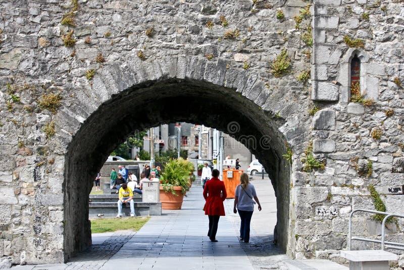 Arco spagnolo vicino al fiume Corrib, città di Galway, contea Galway fotografie stock libere da diritti