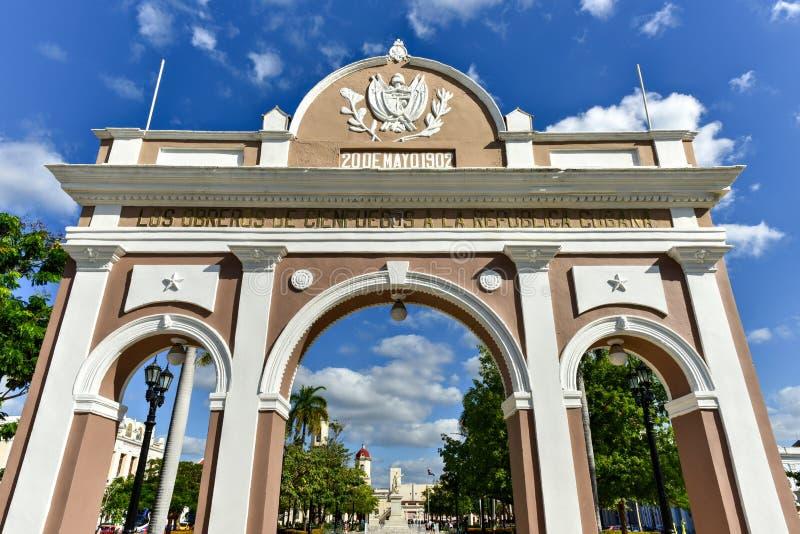 Arco trionfale - Cienfuegos, Cuba fotografie stock libere da diritti