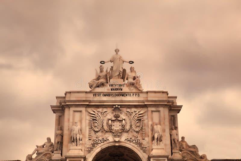 Arco trionfale a Rua Augusta dal quadrato di commercio immagine stock libera da diritti