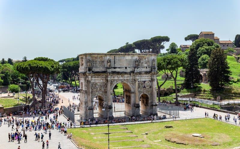 Arco triunfal de Constantina cerca de Colosseum - Roma, Italia foto de archivo libre de regalías