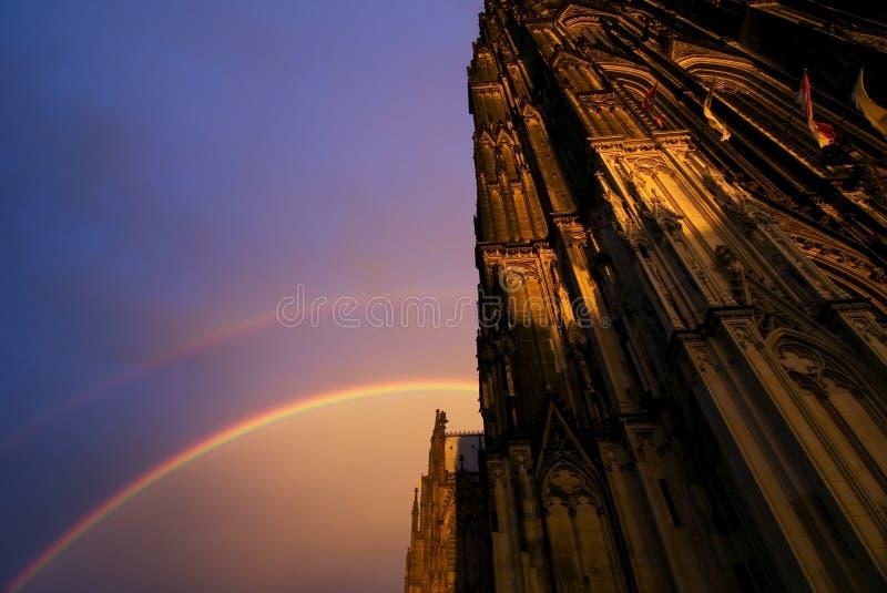 Arcobaleno ai DOM fotografia stock