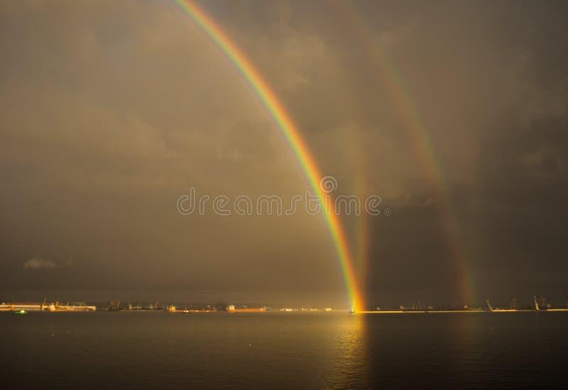 Arcobaleno di riflessione fotografia stock