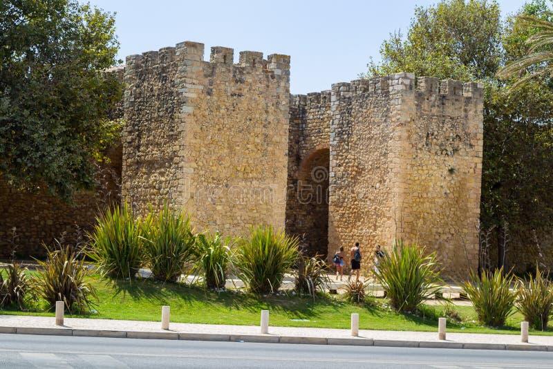 Arcoen de Sao Goncalo i Lagos, Algarve, Portugal arkivfoto
