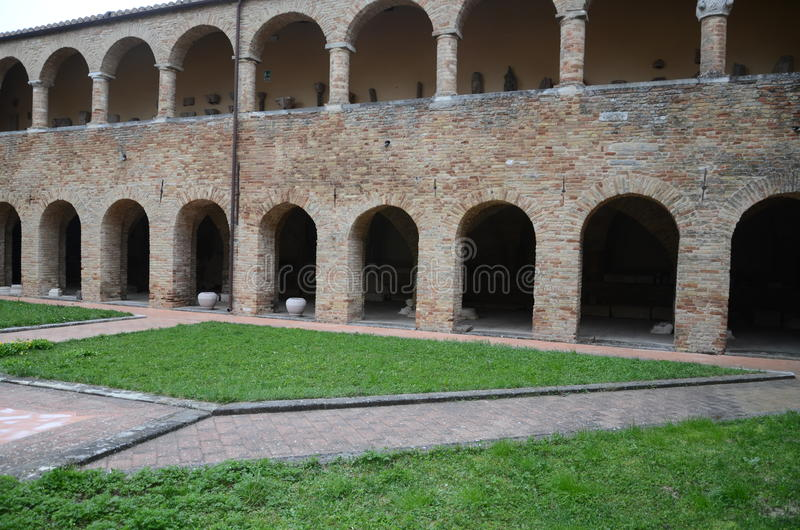 Arcos bricked bonitos imagens de stock