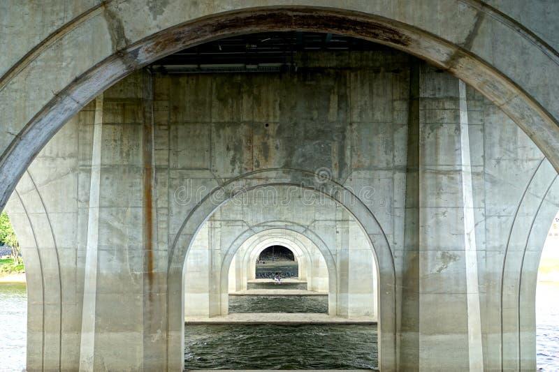 Arcos concretos imagen de archivo libre de regalías