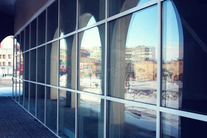 Arcos do vidro da arquitetura fotografia de stock royalty free