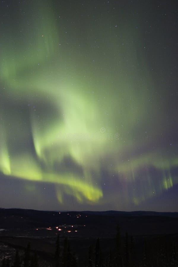 Arcos múltiples de la aurora en el cielo fotografía de archivo libre de regalías