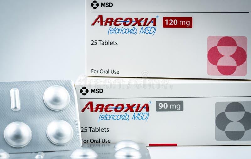 Arcoxia 90 mg, 120 mg Etoricoxibproduct van MSD Vervaardigd door Frosst Iberica, Spanje Selectieve inhibitor van cyclooxygenase-2 royalty-vrije stock afbeeldingen