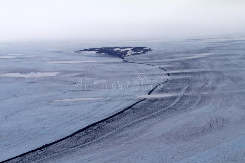 Download Arctic Glacier And The Stone River In It Stock Image - Image: 39522981