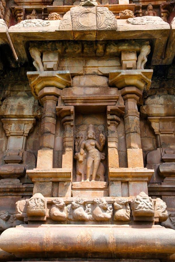Ardhanarisvara εκτός από τον ταύρο του, θέση στο νότιο τοίχο του mukhamandapa, ναός Brihadisvara, Gangaikondacholapuram, Ταμίλ στοκ φωτογραφίες