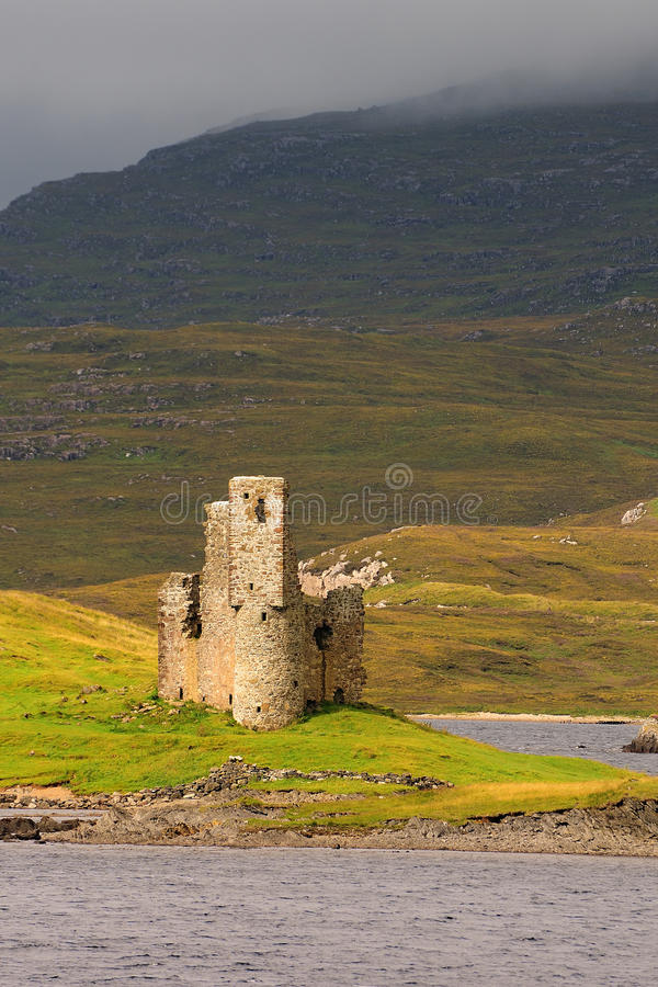 ardvreck assynt λίμνη Σκωτία κάστρων στοκ εικόνα