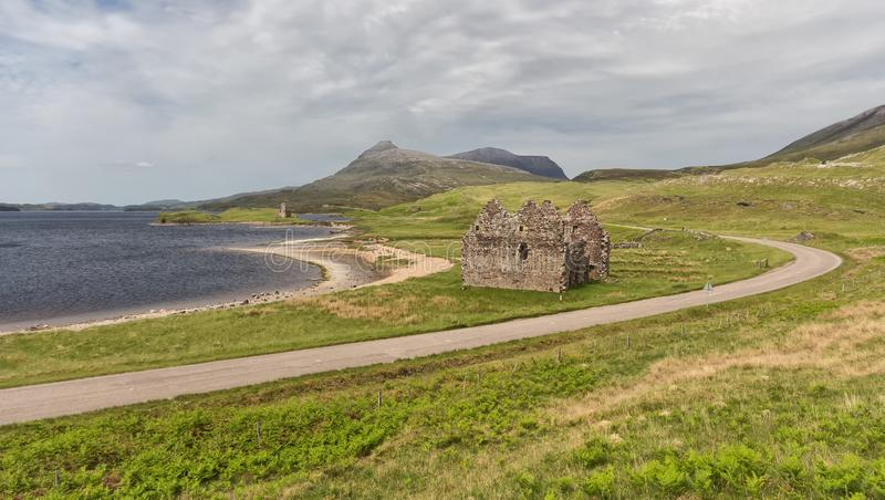 Ardvreck Castle στις ακτές της λίμνης Assynt, Sutherland στοκ φωτογραφίες με δικαίωμα ελεύθερης χρήσης