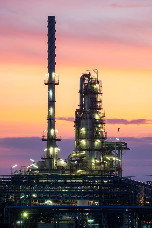 Area della pianta della raffineria di petrolio fotografia stock libera da diritti