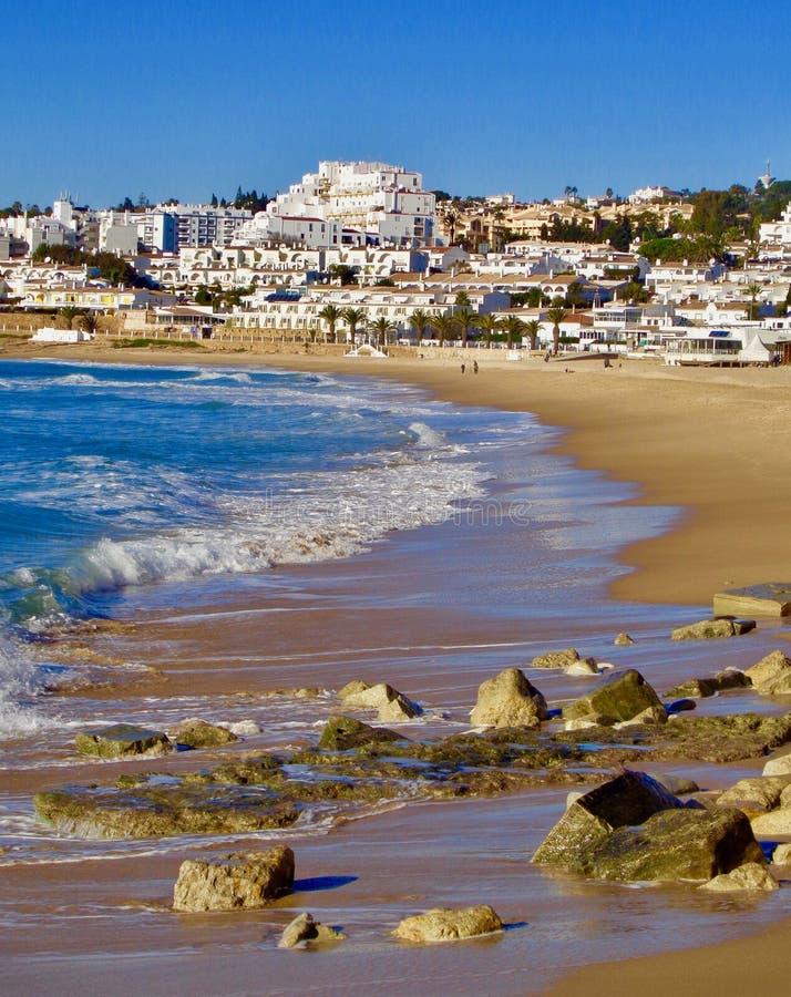 Area della spiaggia vicino a Luz, Portogallo fotografia stock