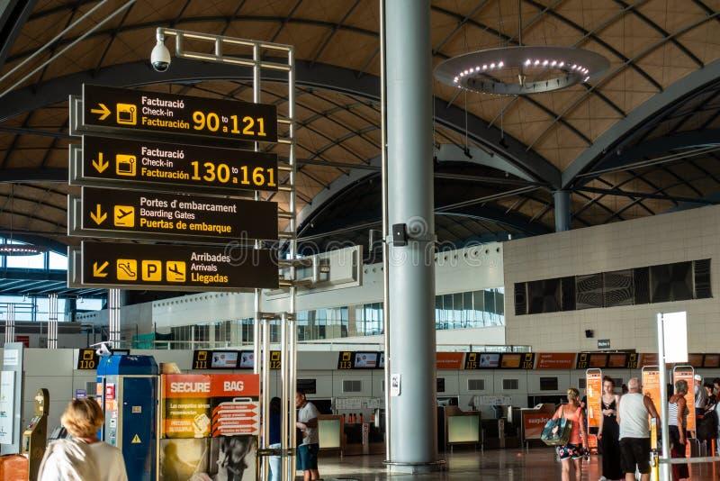 Area di partenza dell'aeroporto immagine stock libera da diritti