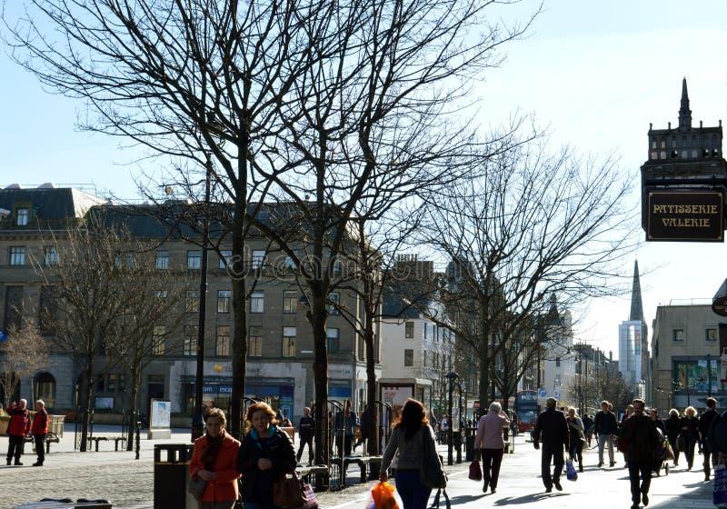Area pedonale del quadrato di città, centro urbano di Dundee, Scozia fotografie stock