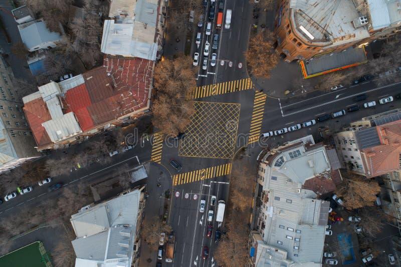 Areal skott av att korsa gator fotografering för bildbyråer