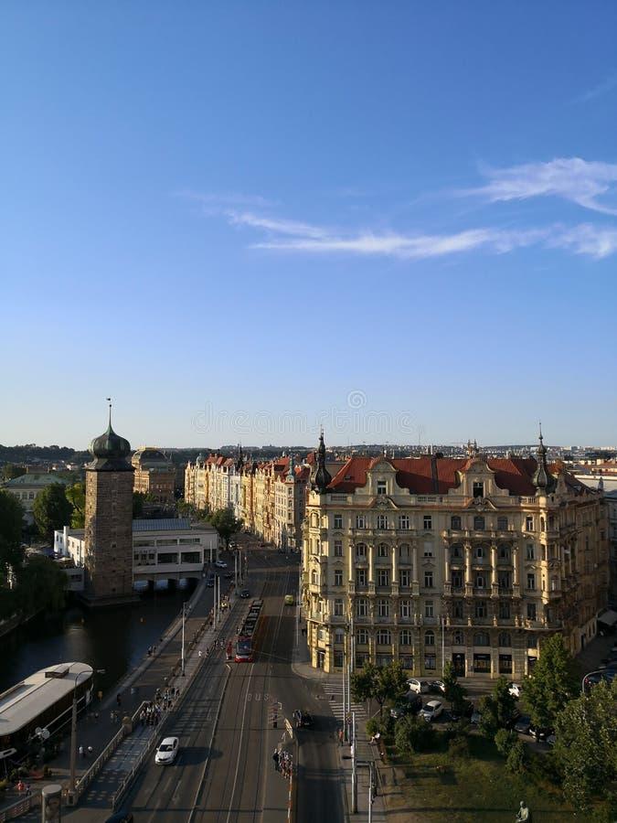 Areal stadssikt av Prague royaltyfri bild
