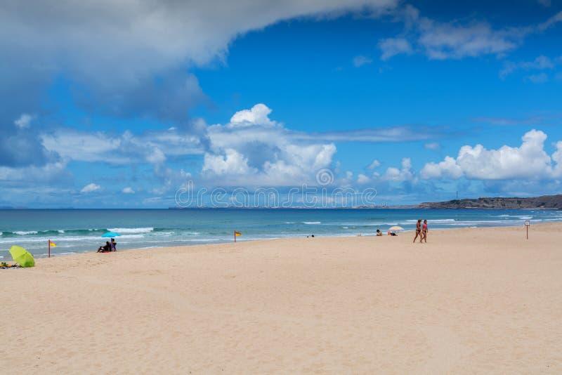 Areal strand i Lourinha, Portugal royaltyfria foton