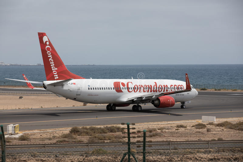 ARECIFE, SPAIN - APRIL, 15 2017: Boeing 737 - 800 of Corendon.com Lanzarote Airport. ARECIFE, SPAIN - APRIL, 15 2017: Boeing 737 - 800 of Corendon.com ready to stock photo