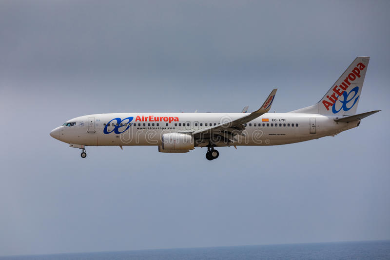 ARECIFE, SPAIN - APRIL, 16 2017: Boeing 737-800 of with the reg. Istration EC-LYR landing at Lanzarote Airport stock photography