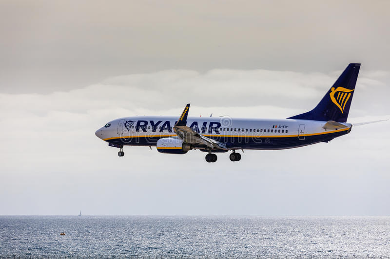 ARECIFE, SPAIN - APRIL, 15 2017: Boeing 737-800 of RYANAIR landing at Lanzarote Airport stock photography
