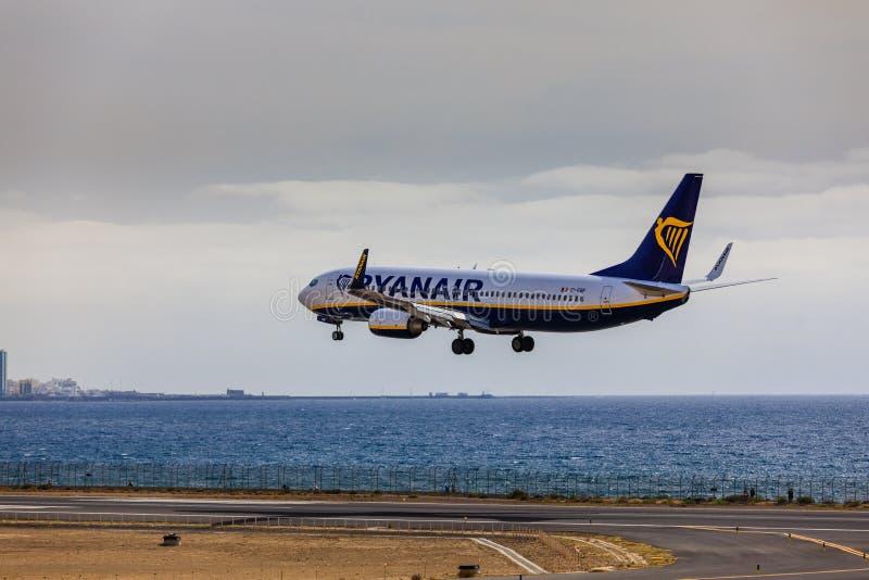ARECIFE, SPAIN - APRIL, 15 2017: Boeing 737-800 of RYANAIR landing at Lanzarote Airport royalty free stock photos