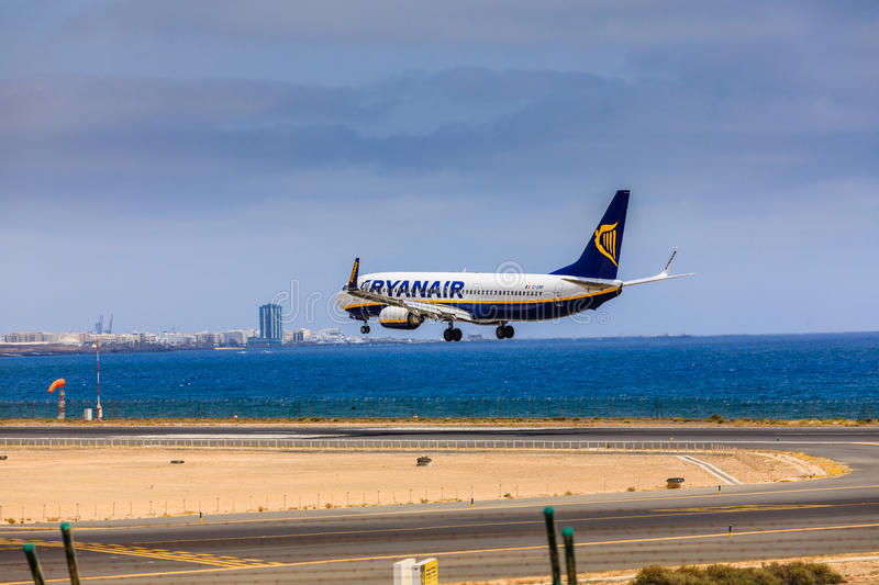 ARECIFE, SPAIN - APRIL, 15 2017: Boeing 737-800 of RYANAIR with. The registration EI-ENP landing at Lanzarote Airport royalty free stock photography