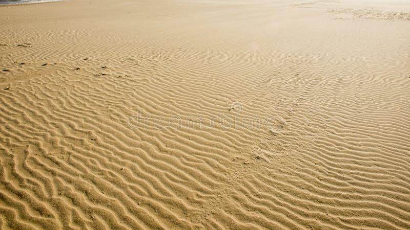 Areia Textured do mar imagem de stock