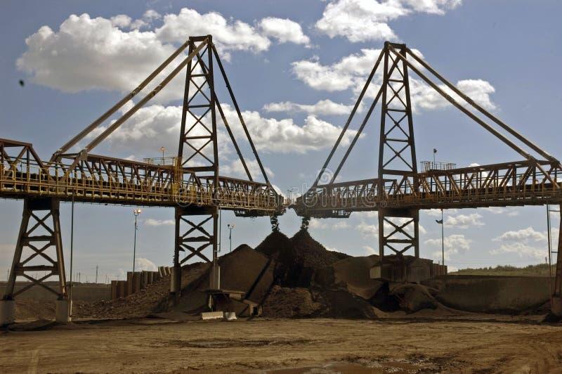 Areias de petróleo de Alberta foto de stock royalty free