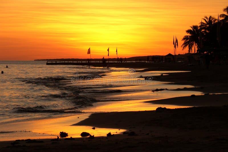 Areias mornas do mar tropical fotografia de stock royalty free