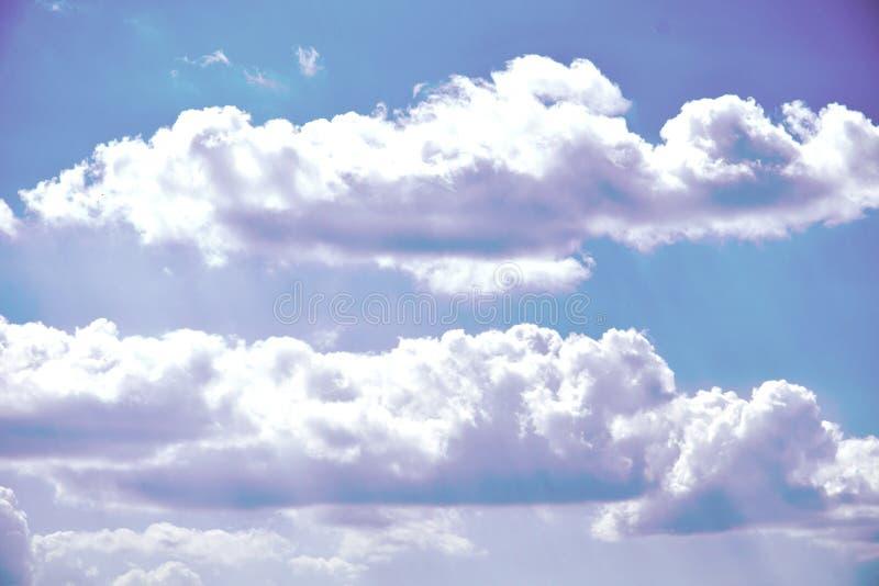 Areje nuvens fotos de stock