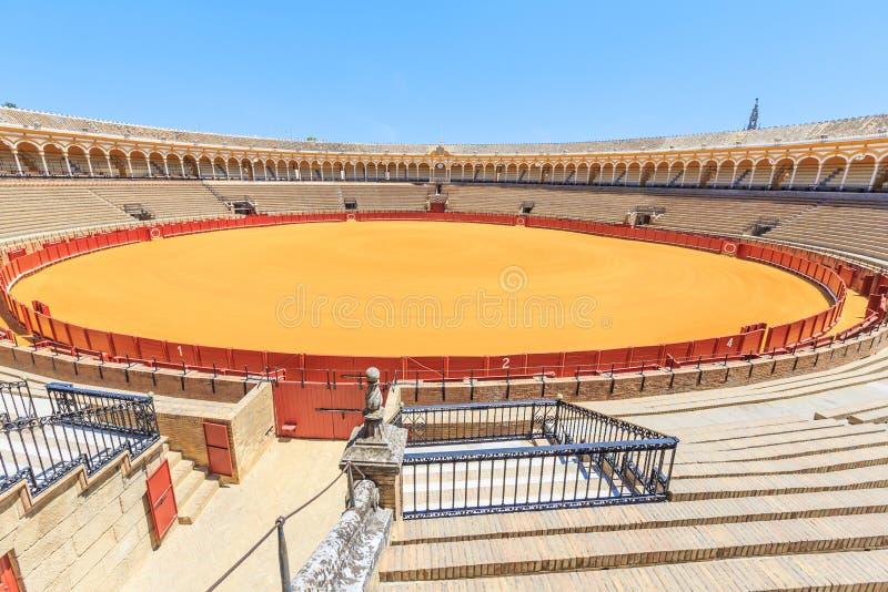Arena da tourada, plaza de toros em Sevilha, La Maestranza foto de stock royalty free