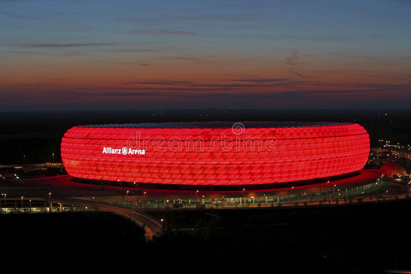 Arena de Allianz em Munich, Baviera fotografia de stock royalty free