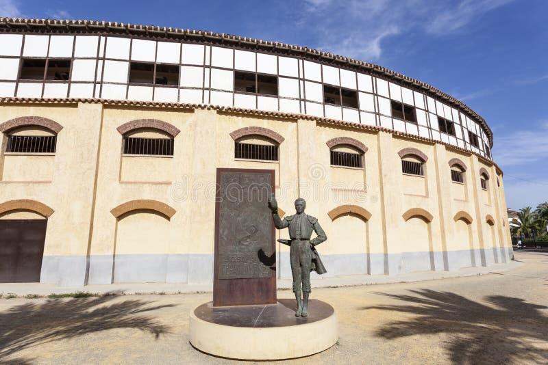 Arena de la corrida en Lorca, España fotos de archivo