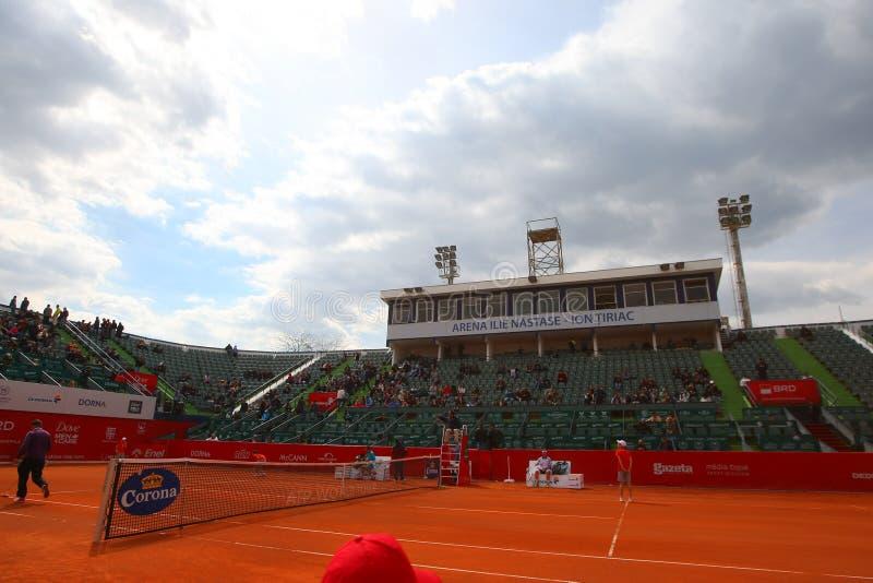 Arena de Nastase Tiriac durante a harmonia entre GIMENO-TRAVER - Viktor TROICKI do tênis fotografia de stock royalty free