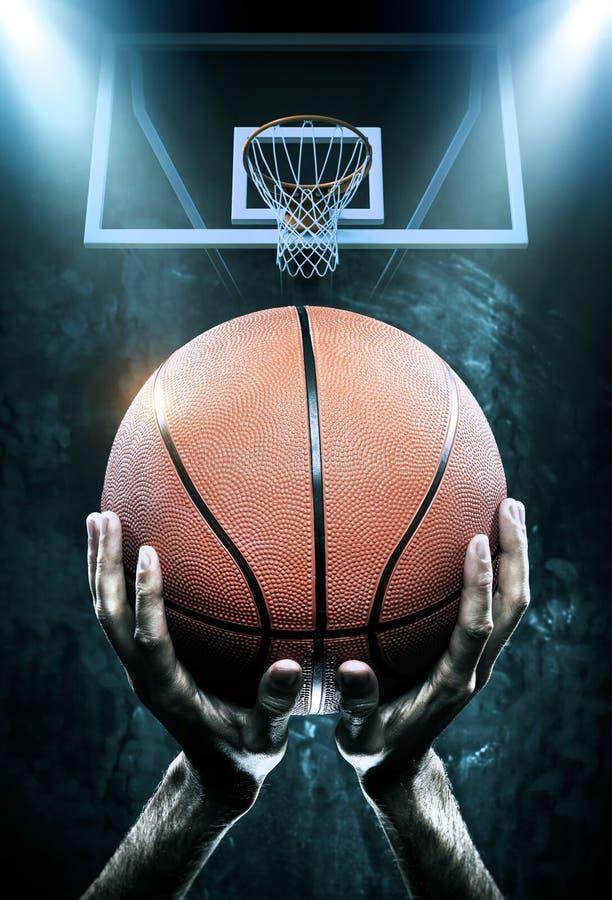 Arena do basquetebol com jogador fotografia de stock