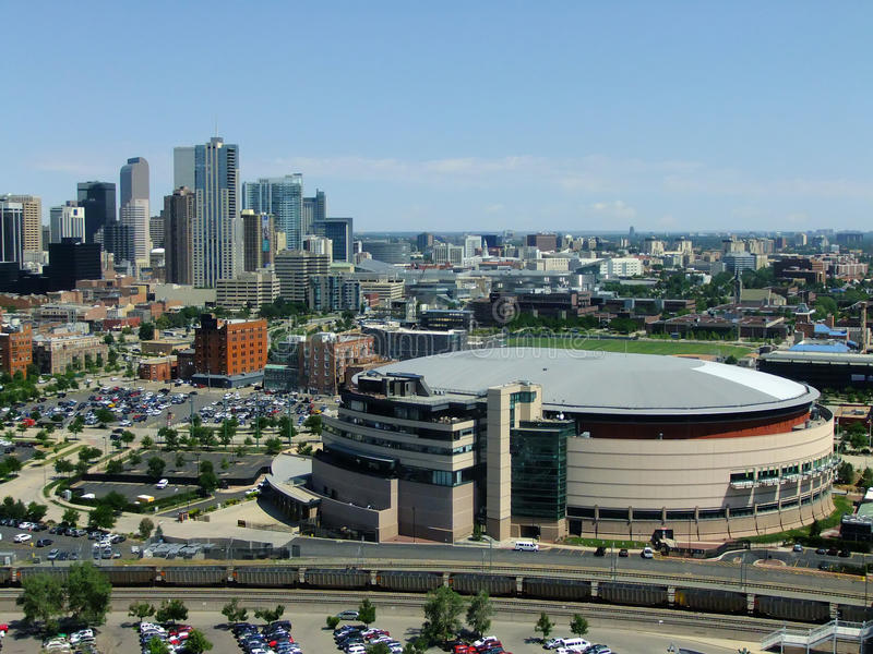 Arena do centro de Pepsi em Denver, Colorado imagem de stock