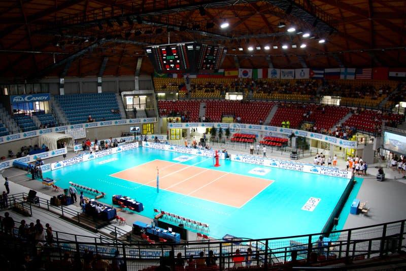 Arena esportiva do voleibol fotos de stock