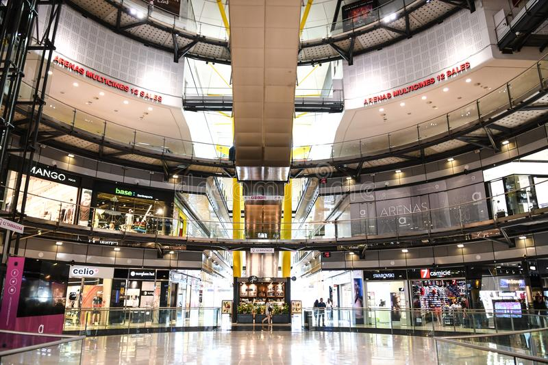 Arena'sde Barcelona Winkelcomplex stock foto's