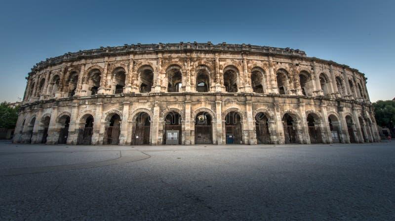 Arena von Nimes lizenzfreies stockfoto
