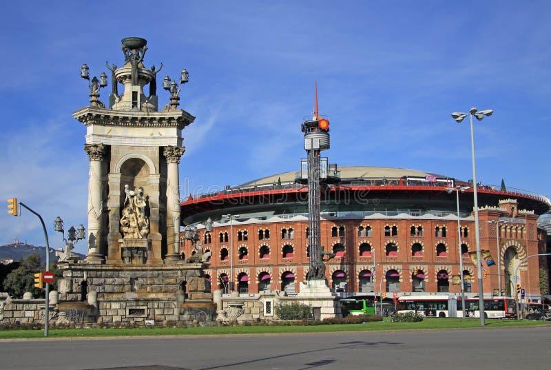 Arenaarena op het Vierkant van Spanje in Barcelona Nu is de Arena een winkelcentrum in Barcelona stock afbeelding
