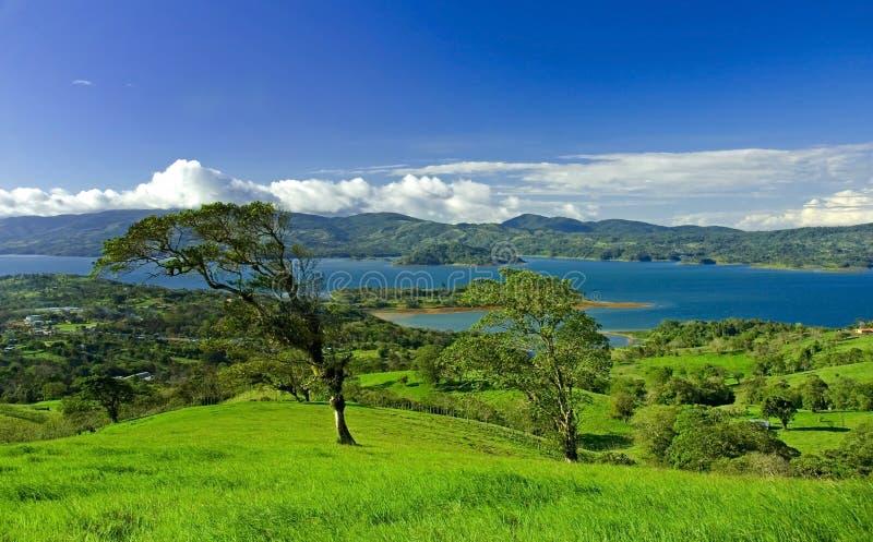 arenal costa rica jeziora. zdjęcie stock